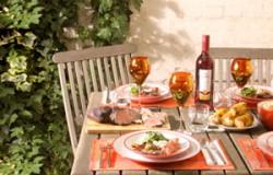 Alfresco-dining-photo